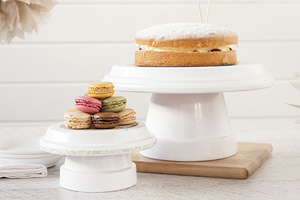 ymal cake stand