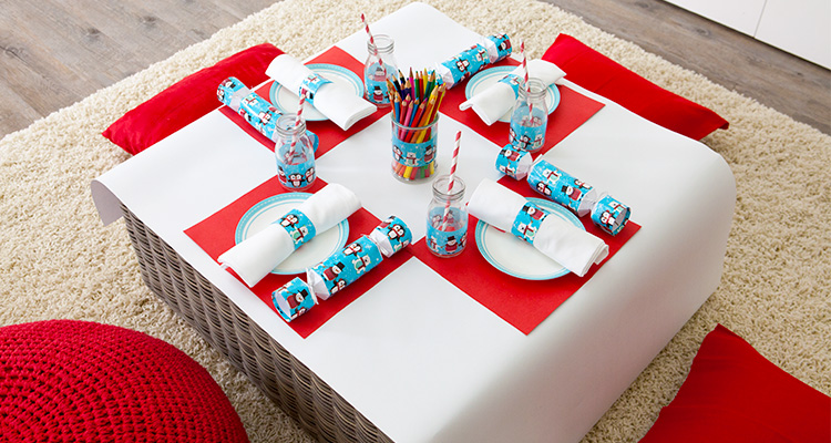 Create a fun table for the kids this Christmas - Tara Dennis & Duct tape x-mas kids table | Christmas | Celebrate